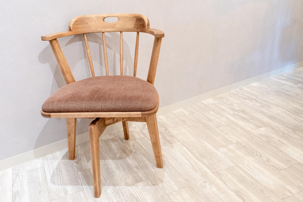 木製の回転椅子:ラウンドチェア