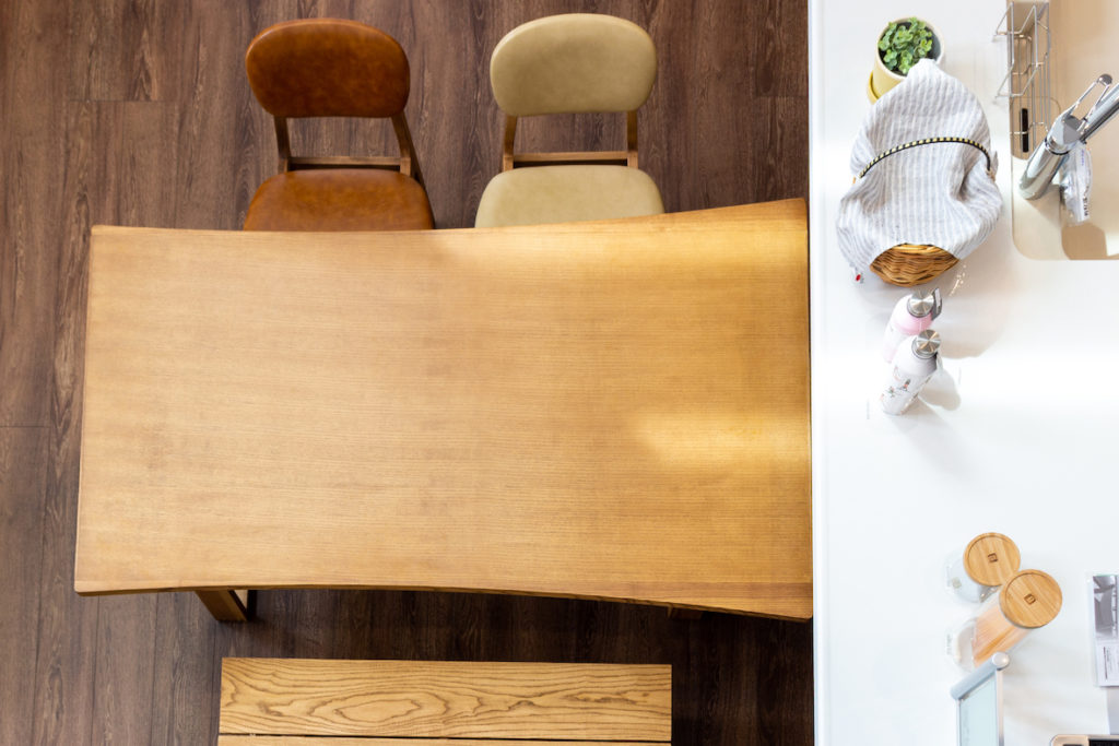 家具インテリア・ダイニングテーブル